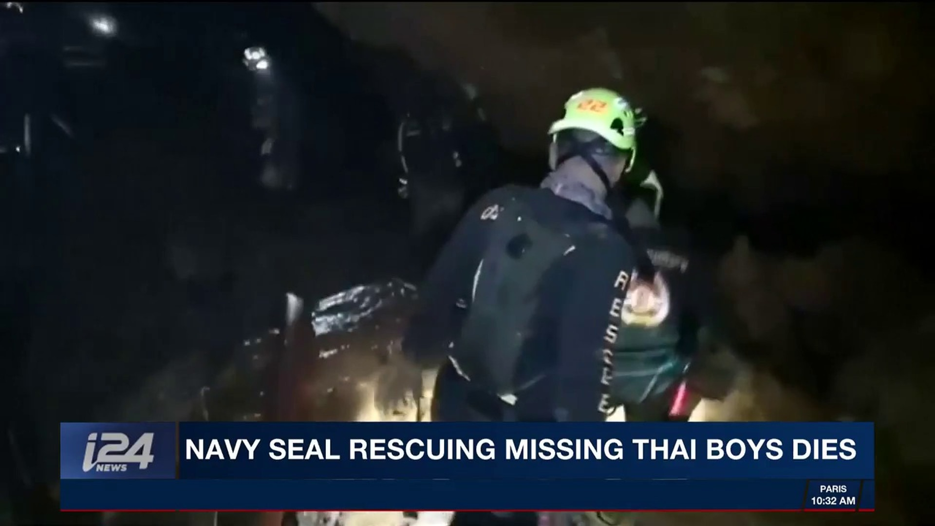 i24NEWS DESK | Navy seal rescuing missing Thai boys dies