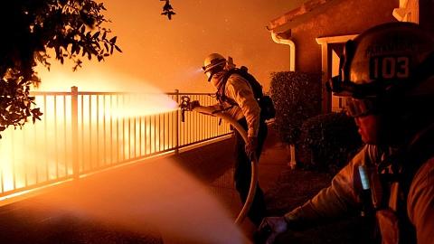 Los Angeles devastated by wildfire   Sky News Australia