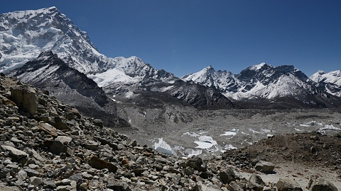 Bad weather hampers efforts to recover bodies in the Himalayas | Sky News Australia