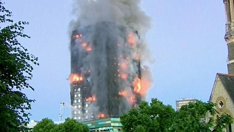 Residents return after fire guts Melbourne building