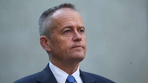 Govt rubbishes Labor's wage increase plan