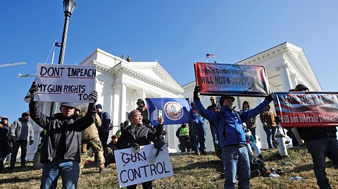 Thousands of pro-gun activists rally in Virginia | Sky News Australia
