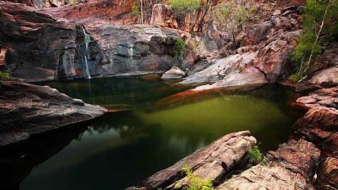 Three people injured in helicopter crash at Kakadu National Park | Sky News Australia