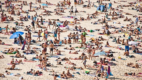 Qld and NSW set to swelter through Monday