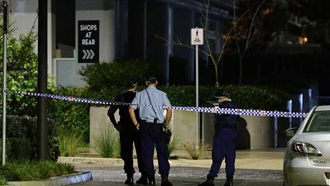 Woman dies on inner-Sydney footpath | Sky News Australia