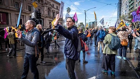 Activists 'have a right' to protest, not a right to 'stop people living' | Sky News Australia