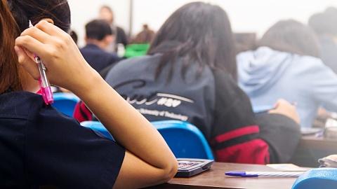 Catholic schools revealed to have worst student-to-teacher ratio | Sky News Australia