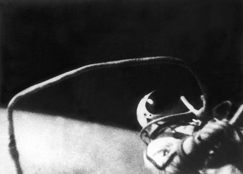 First man to walk in space dies aged 85 | Sky News Australia