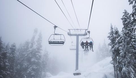 Skier plummets from Thredbo chairlift after freak wind gust | Sky News Australia