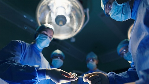 Surgeons pressured to release complication rates | Sky News Australia