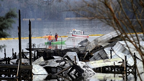 At least eight killed after boats catch fire in Alabama | Sky News Australia