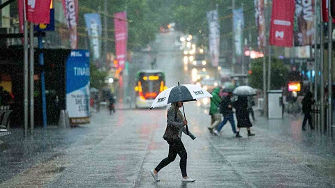 Melbourne braces for wettest day of the year