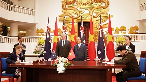 PM wraps up visit to Vietnam | Sky News Australia