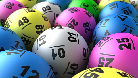 Qld health worker wins $40m powerball | Sky News Australia