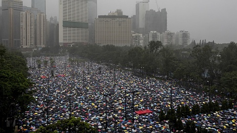Hong Kong protestors refuse to back down | Sky News Australia